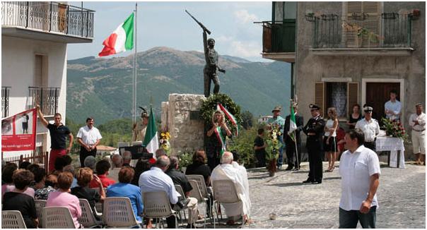 - Monumento ai caduti in guerra.